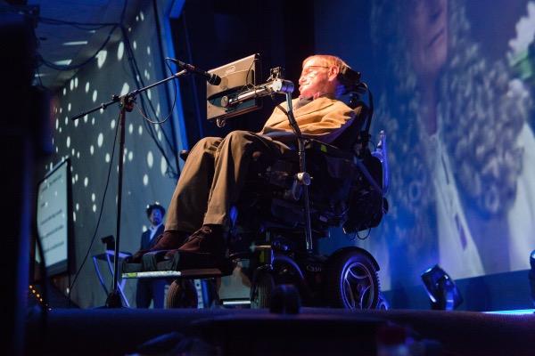 Resultado de imagen de Director del IAC recuerda a Hawking, brillante científico y un luchador por la vida